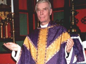 charlton-heston-priest