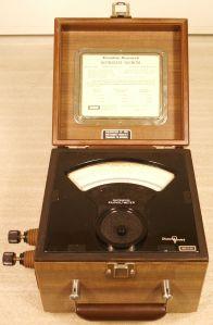 electrostatic voltmeter