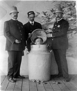 houdini in a milk can