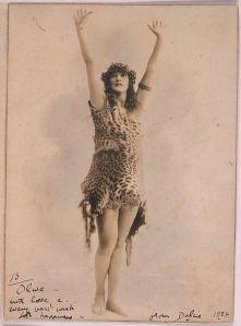 Dulcie_Deamer_in_leopardskin_costume